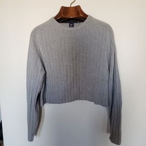 ❤ (3/$20) Gap // ribbed crew neck cropped sweater